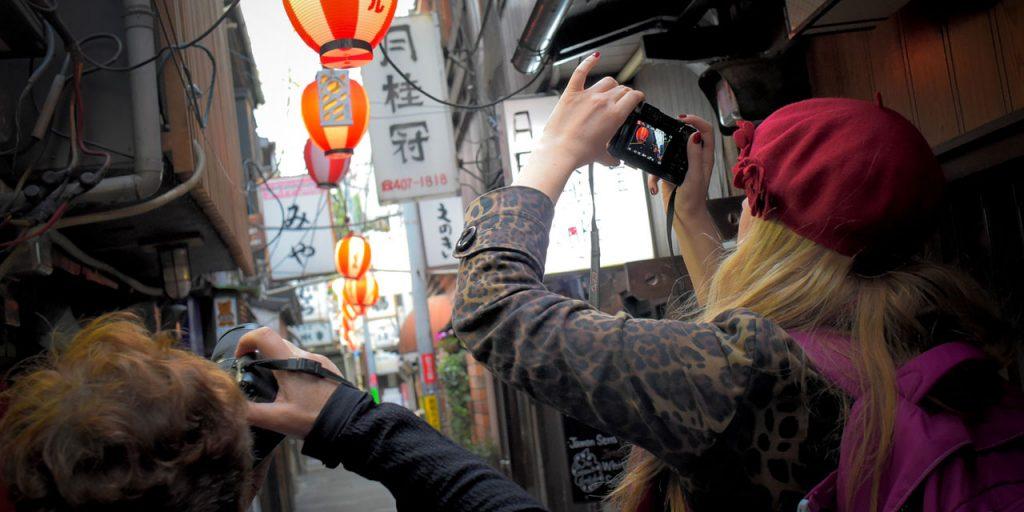 EYExplore Tokyo Photo Tour & Workshop - Photographers exploring Shibuya during Streets of Tokyo street photography workshop