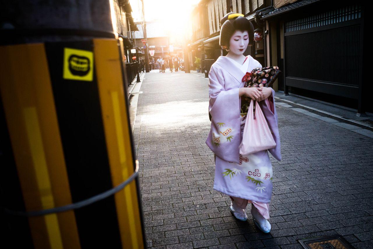 Geisha in the sun