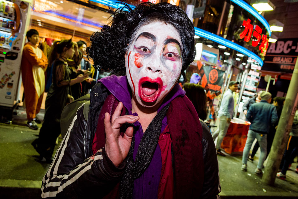 A ghastly ghoul in the streets of Shibuya. - EYExplore