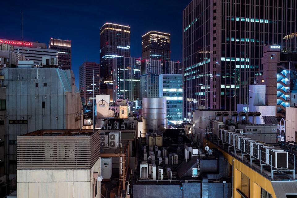 Osaka Rebooted - Kitashinchi Blue Night - EYExplore