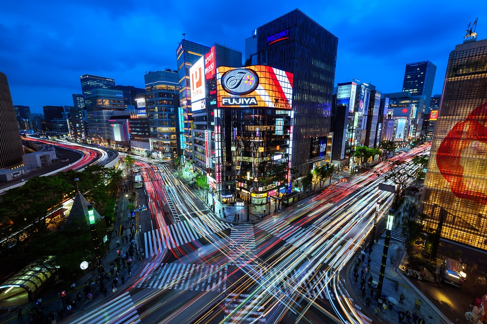15 of Tokyo's Favourite Instagram Spots Revealed - EYExplore - 3. Sukiyabashi Crossing in Ginza