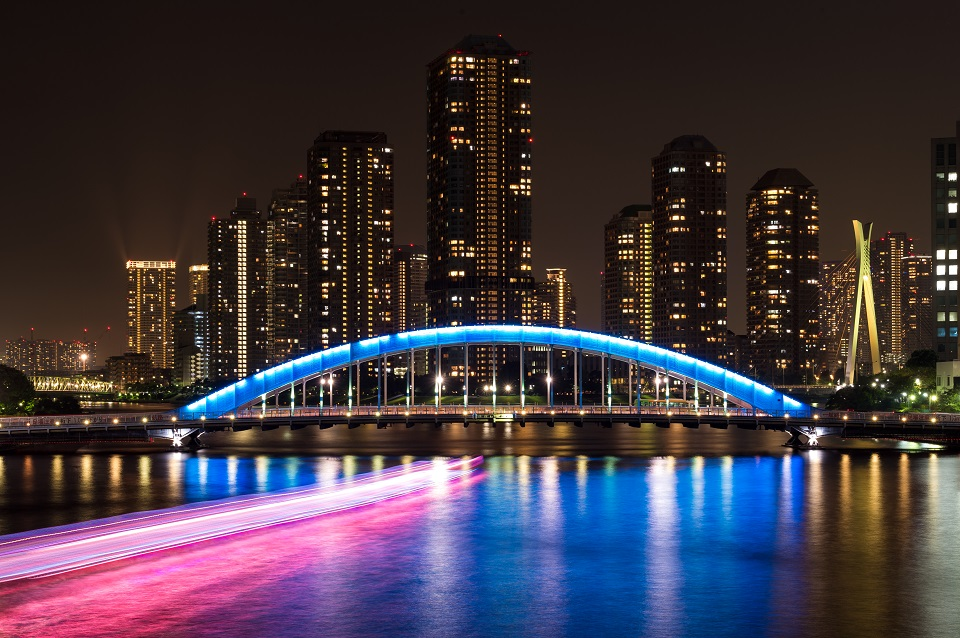 15 of Tokyo's Favourite Instagram Spots Revealed - EYExplore - 4. Sumida River Large Bridge