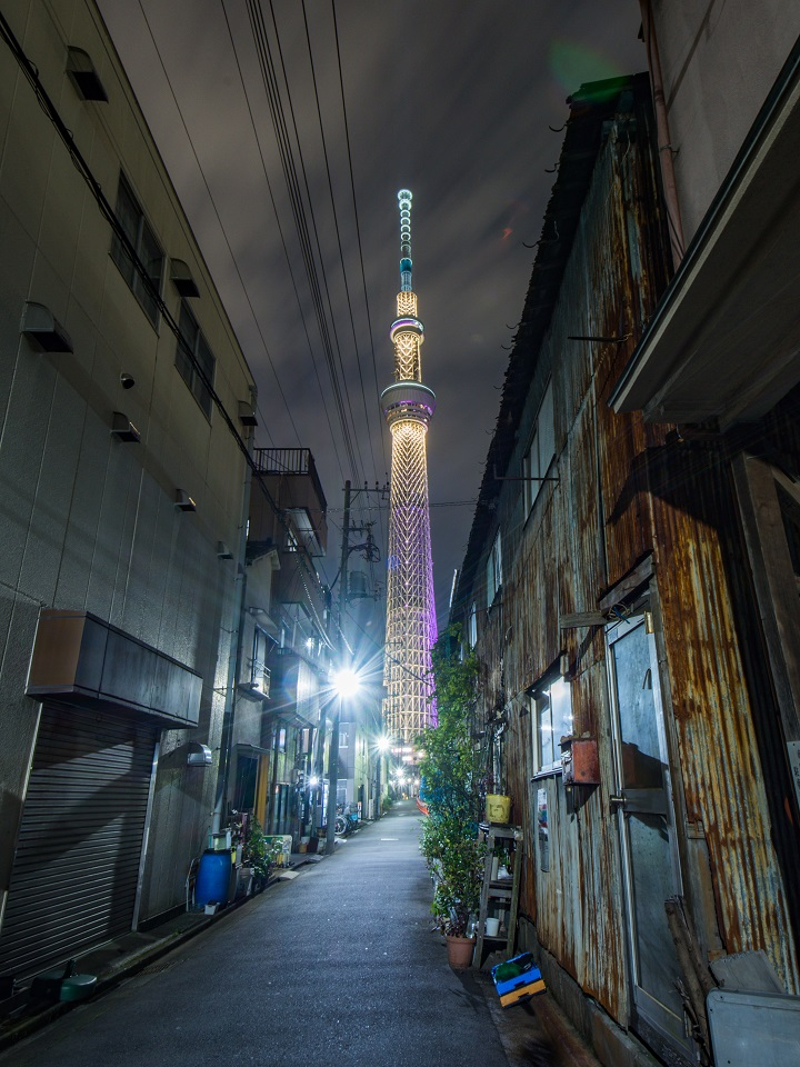 15 of Tokyo's Favourite Instagram Spots Revealed - EYExplore - 15 of Tokyo's Favourite Instagram Spots Revealed - EYExplore - 15. The Street near Jikken Bridge