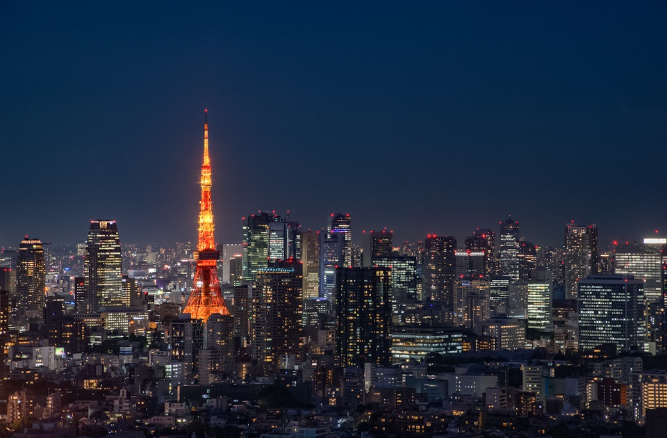 Top 5 Places for Photography in Tokyo - Ebisu Yebisu Garden Place SkyLounge - EYExplore