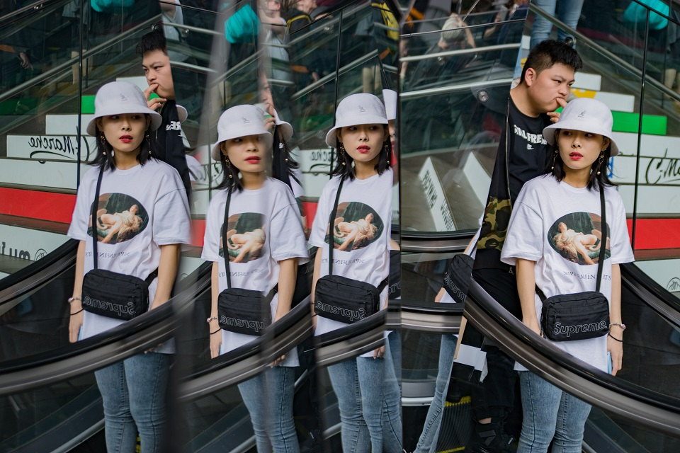 Top 5 Places for Photography in Tokyo - Harajuku Tokyu Plaza Mirrors - EYExplore