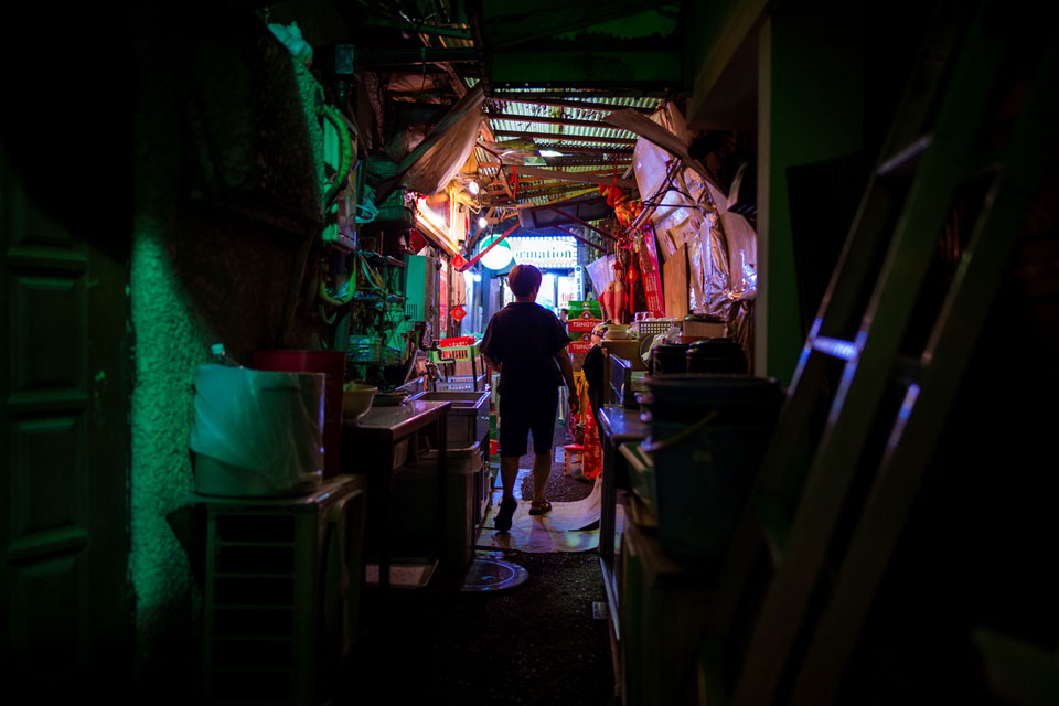 Exploring the underbelly of Kabukicho — 28mm, f/1.4, 1/60, ISO-450