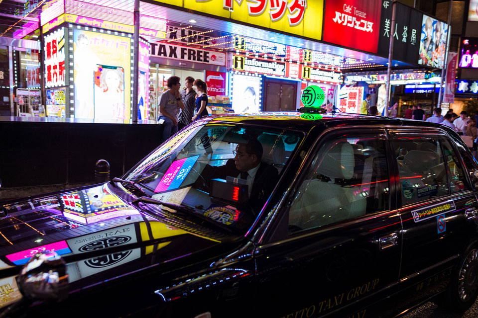 Neon Drive — 28mm, f/2.8, 1/250, ISO-1250